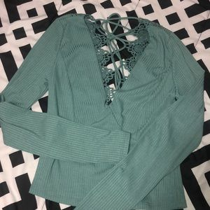 Deep V Willow Root long sleeve